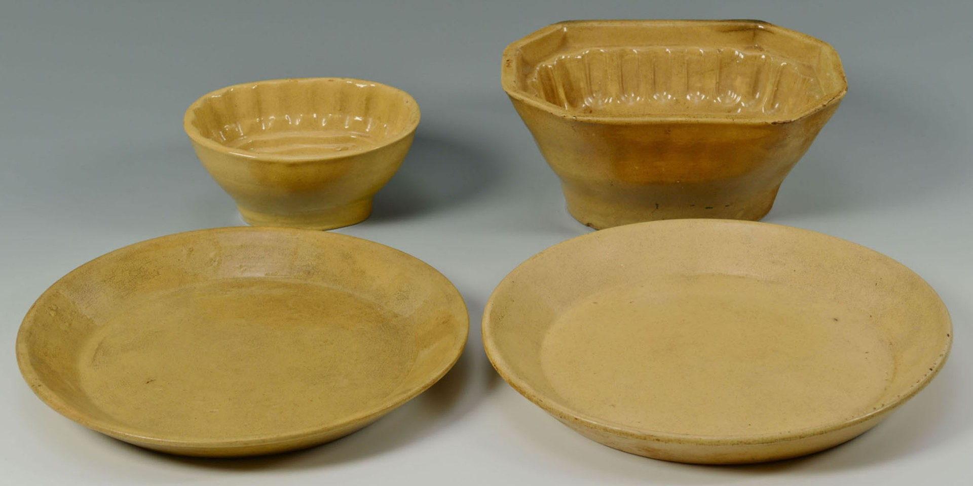 Lot 2872345: Bennington Rockingham & Yellowware, 13 items