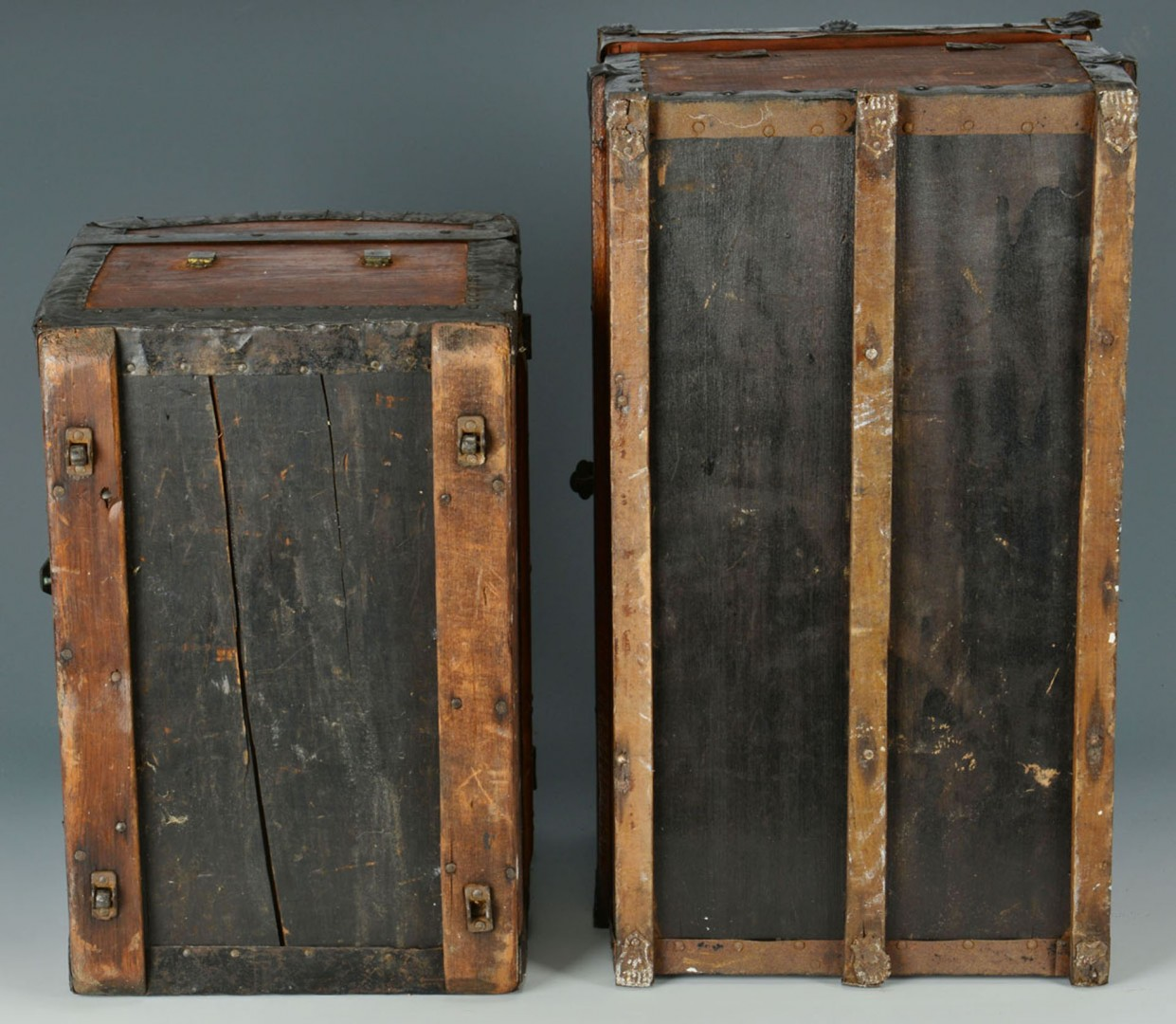 Lot 2872360: Two Wooden Doll Chests