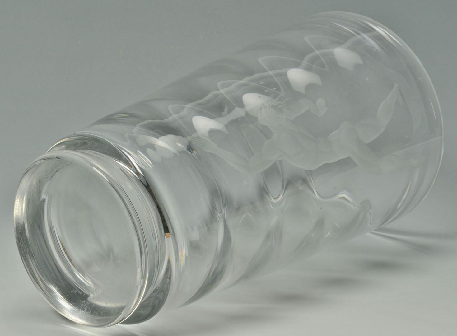 Lot 2872364: Large Orrefors Pearl Diver Vase by Vicki Lindstran