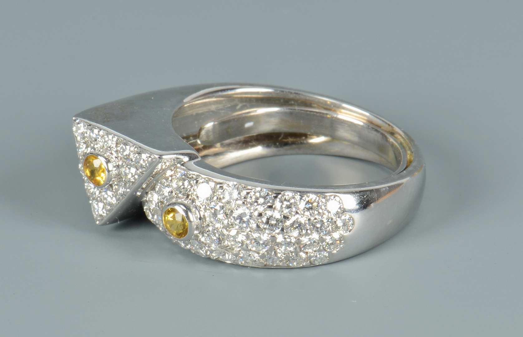 Lot 3088052: Contemporary Plat Dia Yellow Sapphire Ring