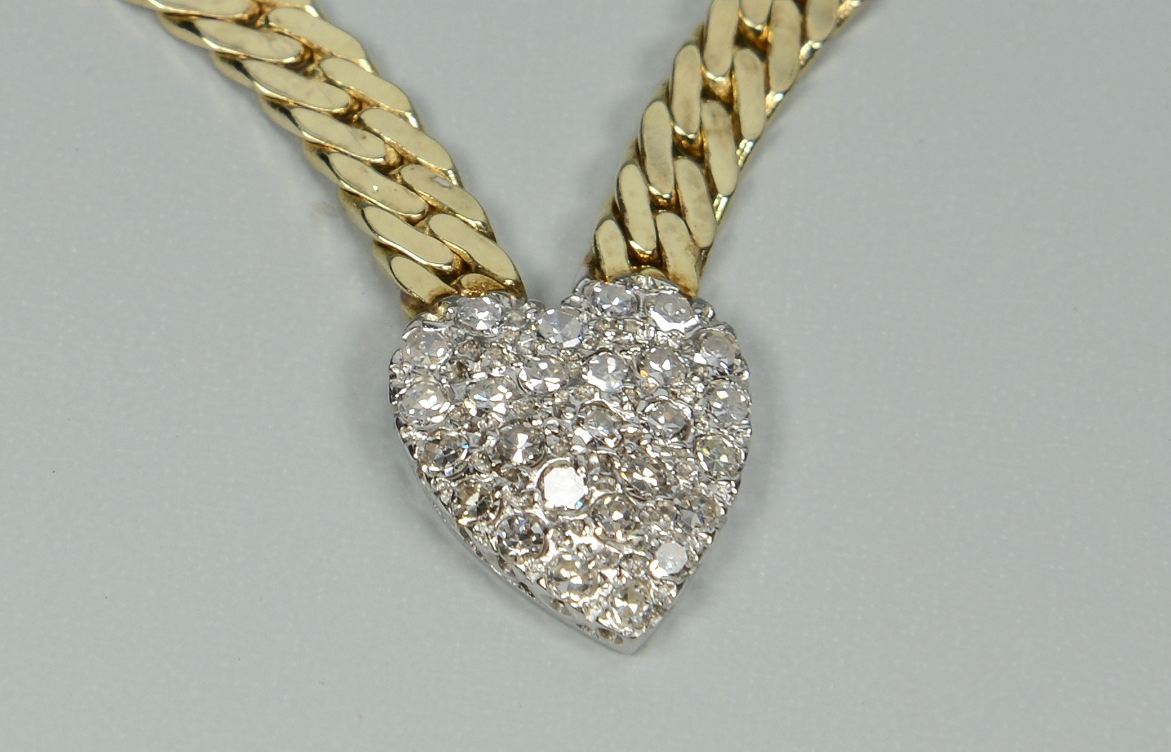 Lot 3088057: 14k Diamond Heart Necklace