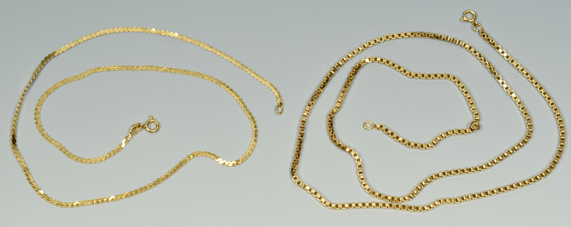 Lot 3088060: Two 18k Gold Chain Necklaces
