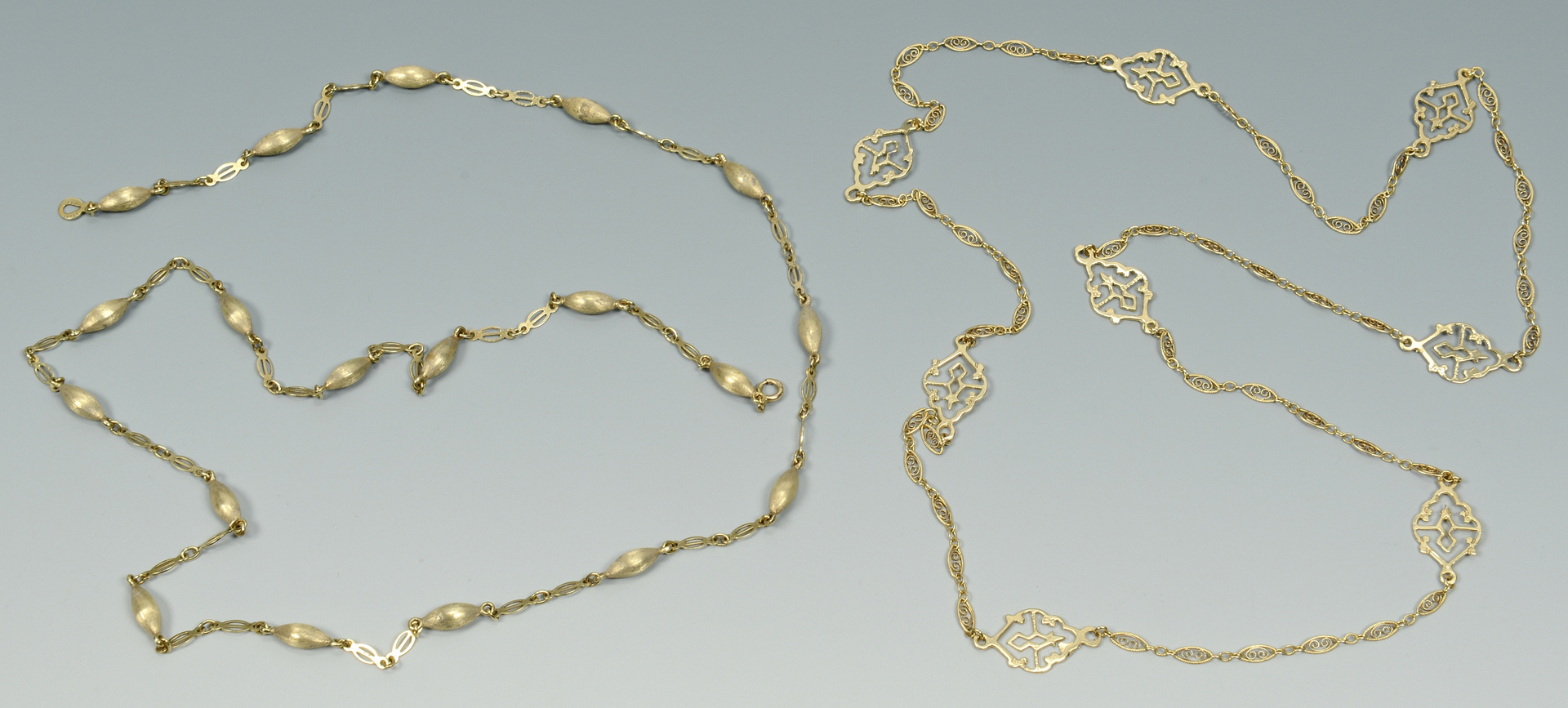 Lot 3088061: Two 14k Chain Necklaces