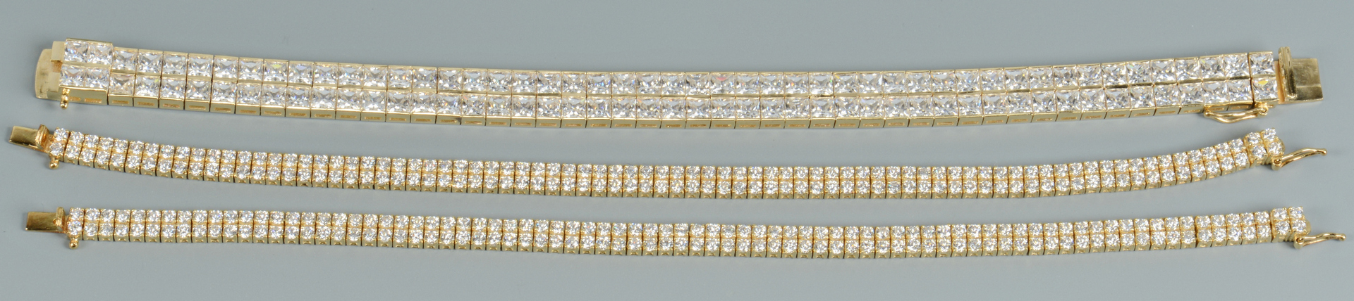 Lot 3088062: Travel Jewelry incl 14k with Synthetic Stones