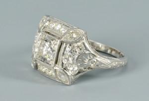 Lot 3088069: Art Deco Diamond Platinum Ring