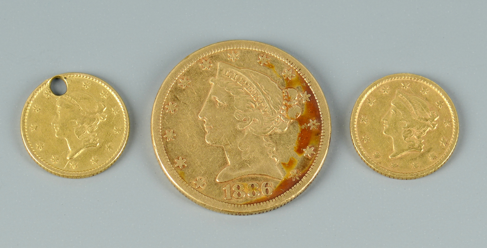 Lot 3088086: 3 Liberty Head Gold Coins, $5 and $1