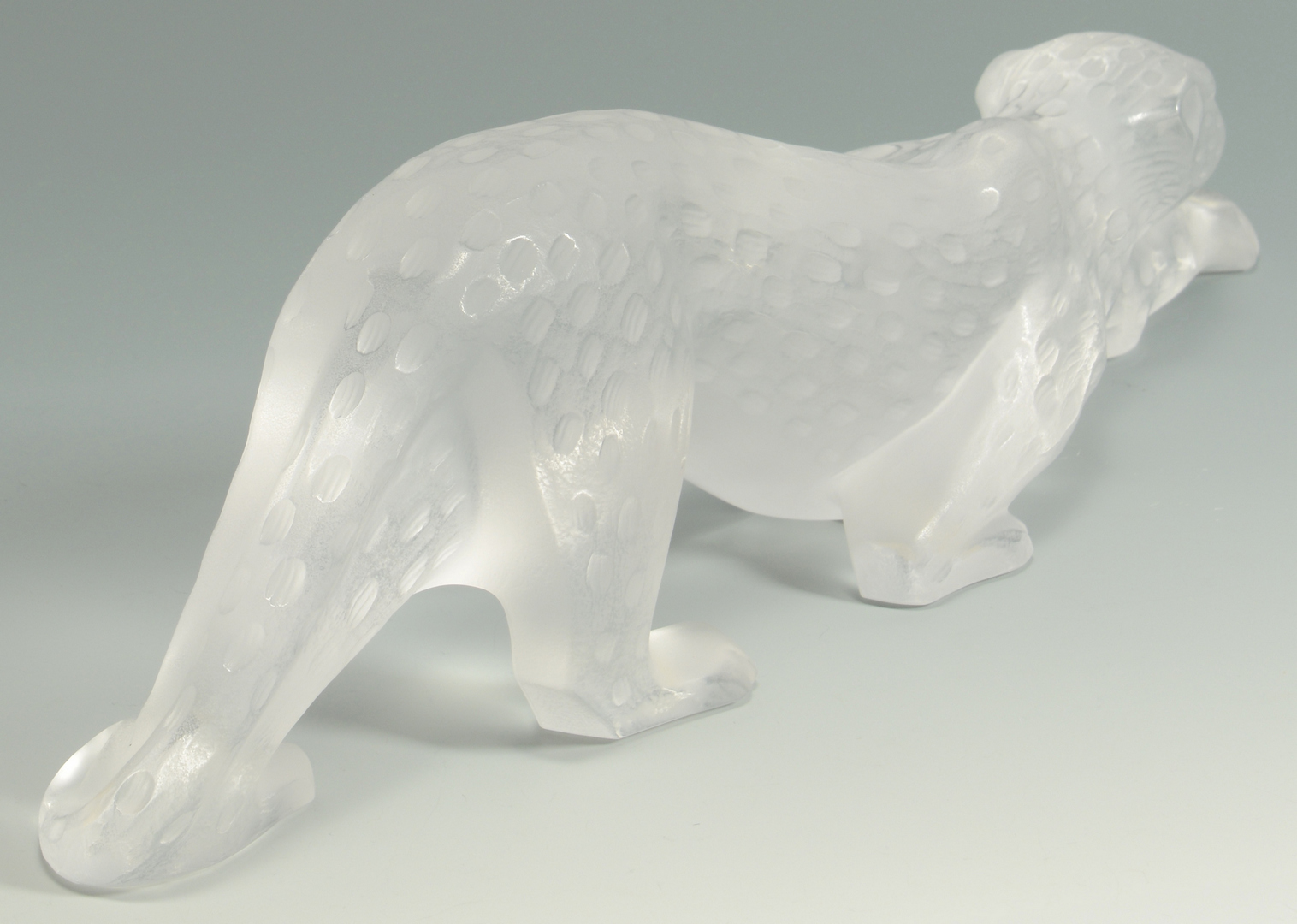 Lot 3088100: Lalique French Crystal Leopard