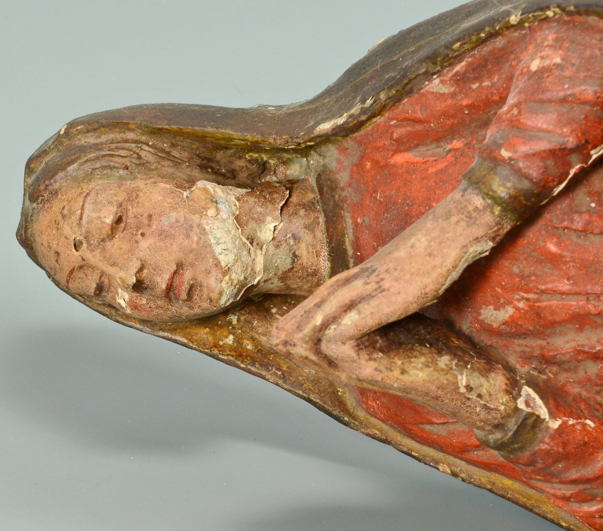 Lot 3088104: Santos, Crucifix, & Lion's Head Wall Bracket