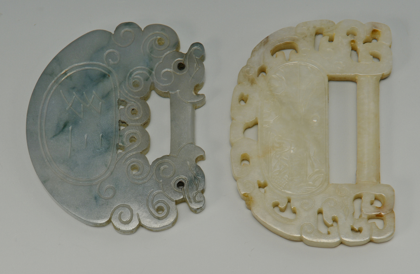 Lot 3088144: 2 Jade Chinese Buckles, 1 White Jade
