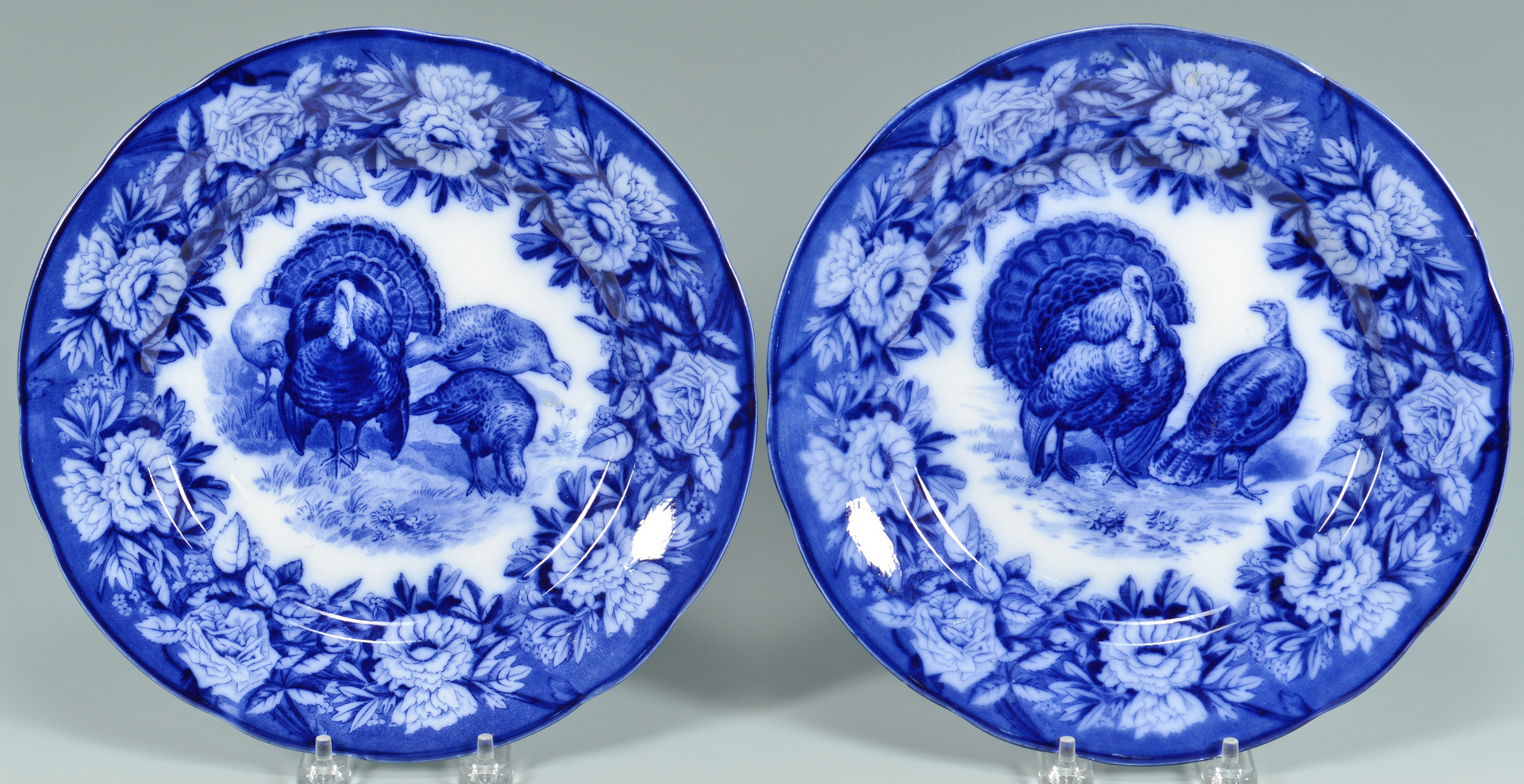 Lot 3088163: Turkey Platter with 12 plates, Flow Blue