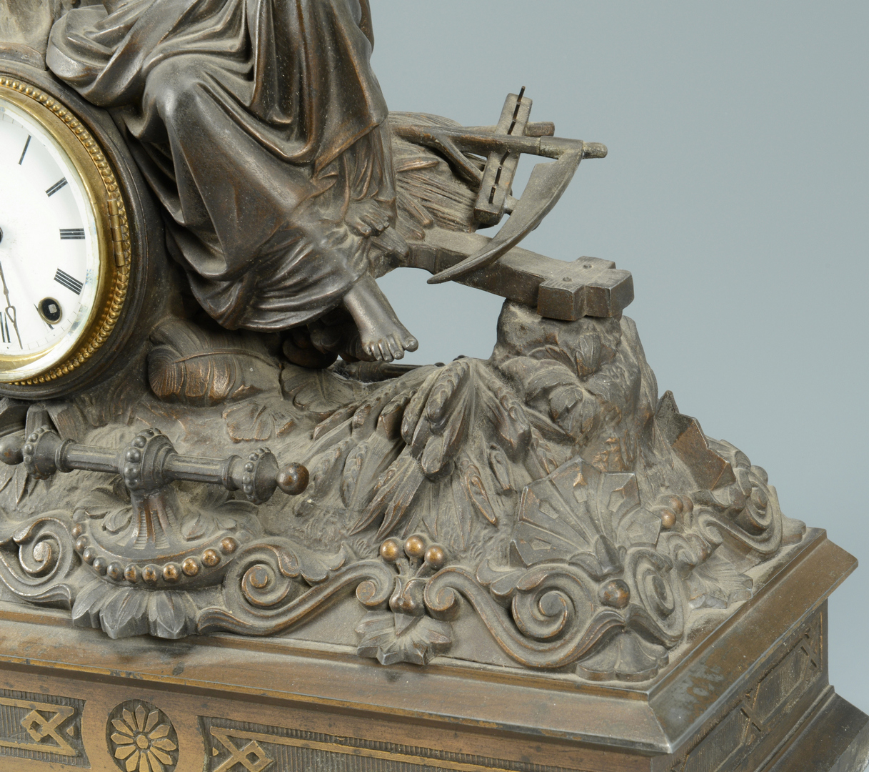 Lot 3088166: Seth Thomas Figural Mantle Clock