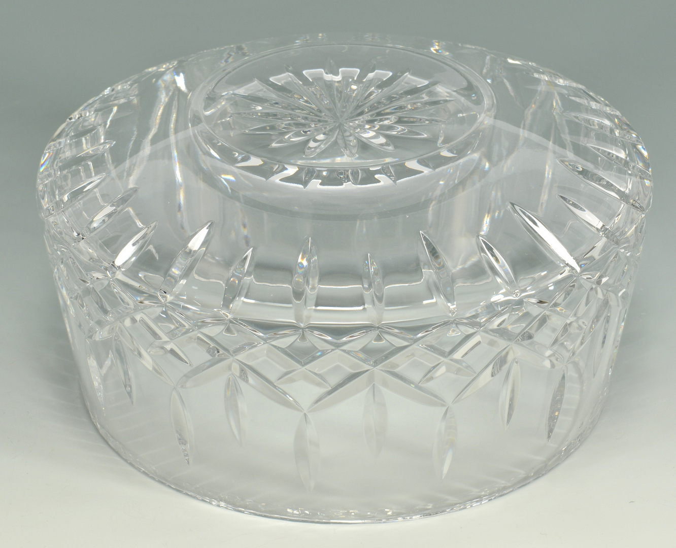 Lot 3088192: Grouping of 4 Crystal Bowls, 3 Orrefors