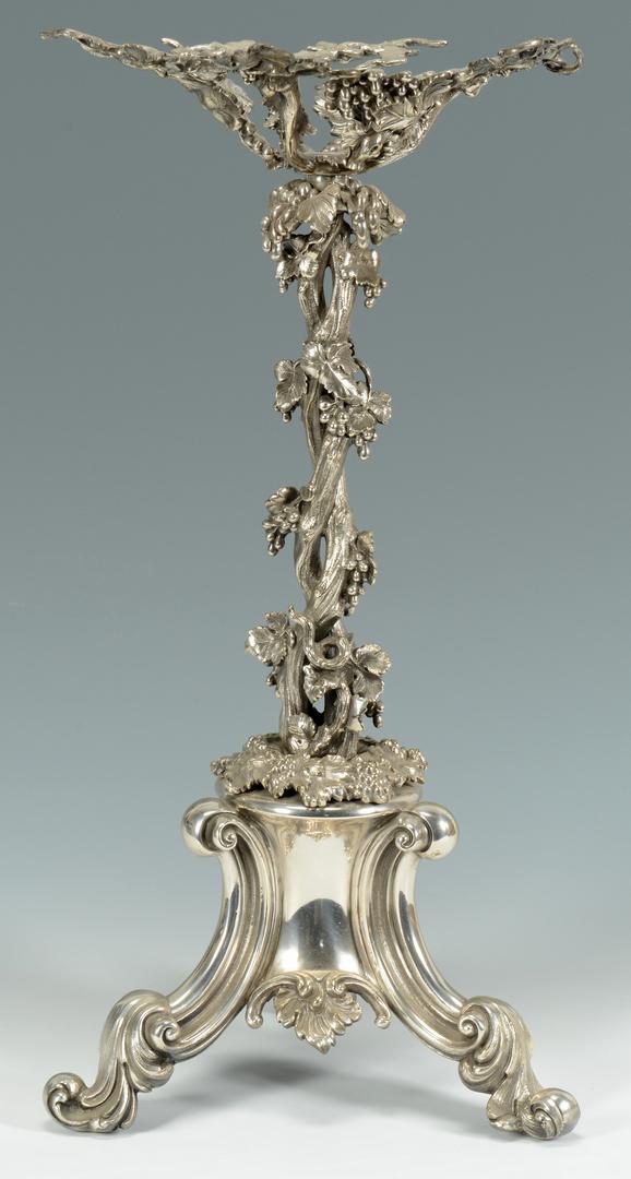 Lot 3088211: Large Victorian Epergne w/ art glass basket