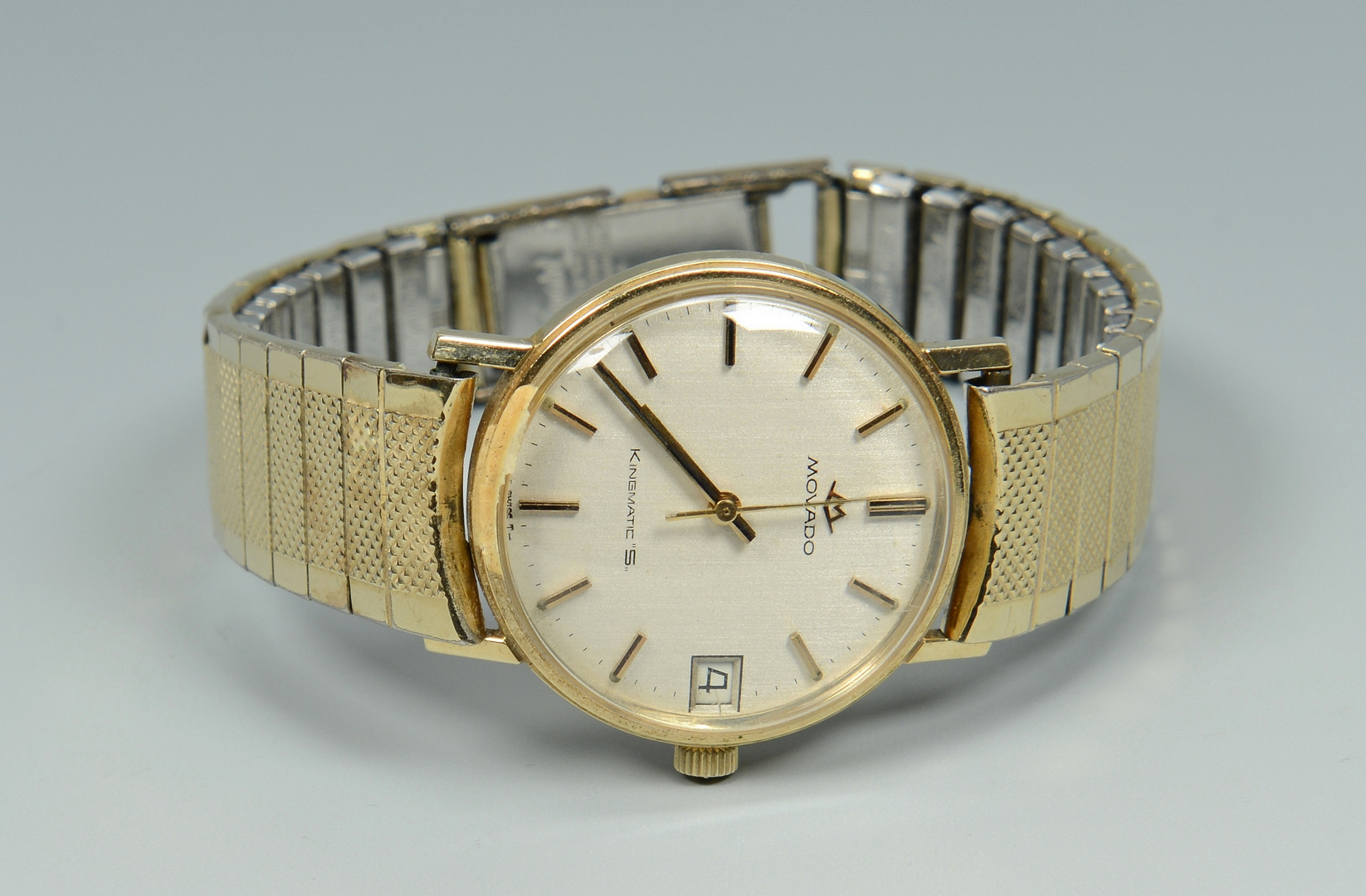 Lot 3088215: Man's 14k Movado Kingmatic SubSea Watch