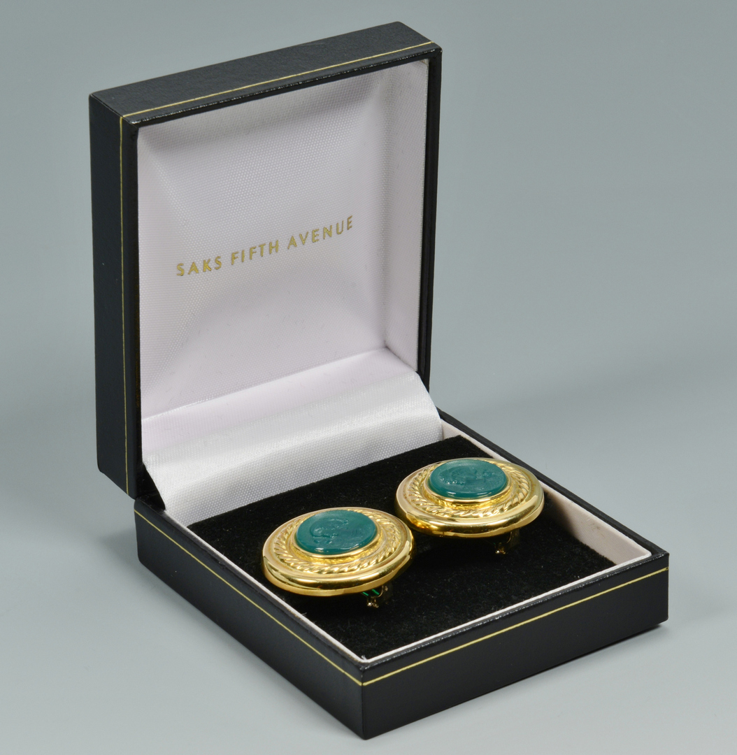 Lot 3088230: 18k Earrings w/ Green Onyx Intaglios