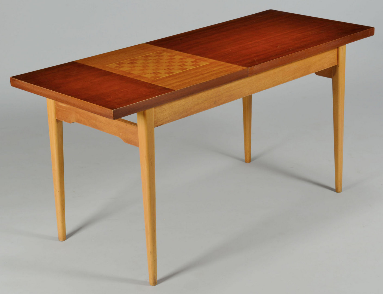 Lot 3088242: 1950 Modern Czech Game Table