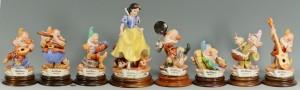 Lot 3088305: Capodimonte Snow White & the 7 Dwarfs Figures Set