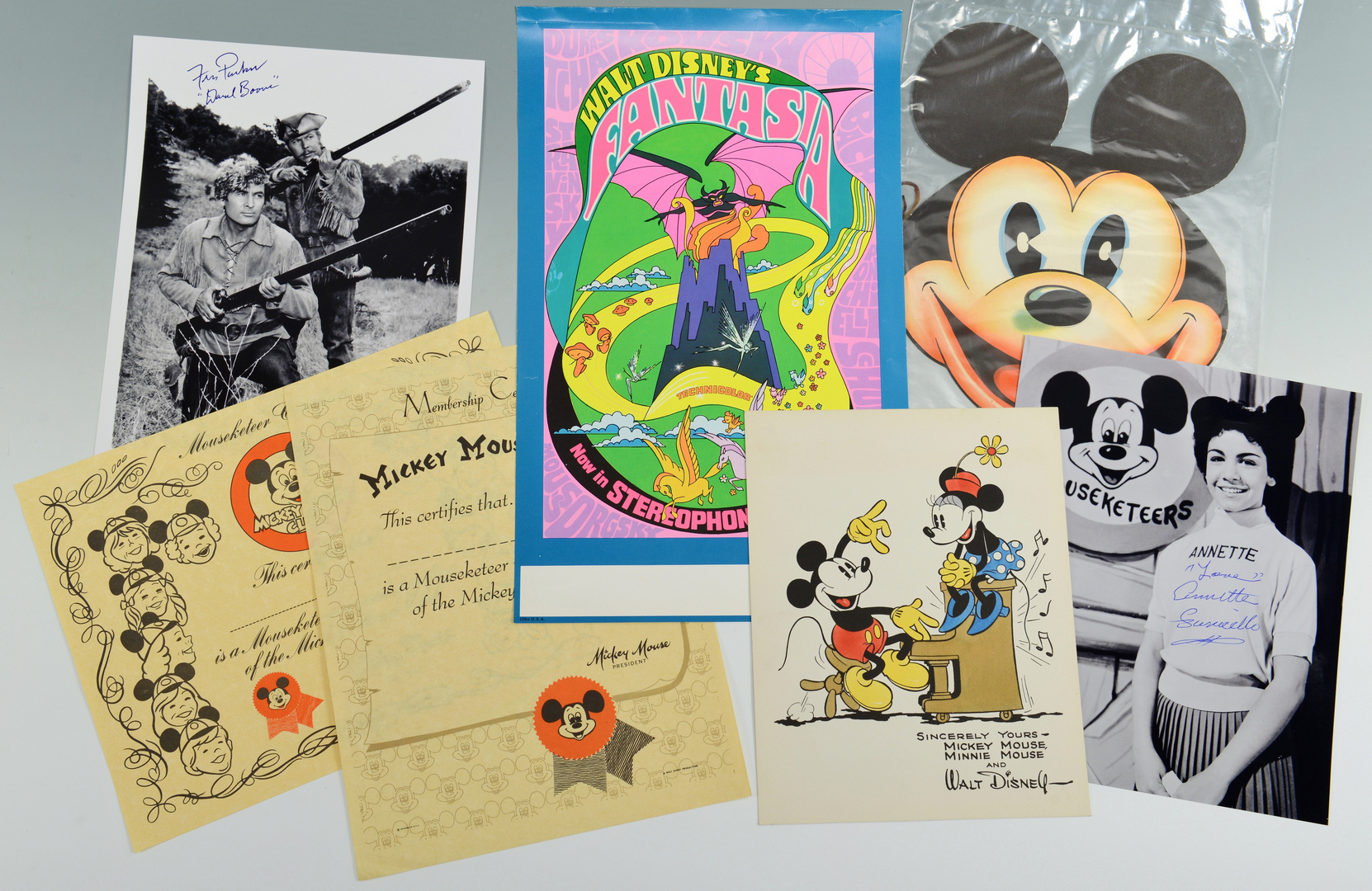 Lot 3088314: Group of Assorted Disney Memorabilia