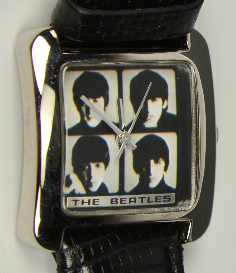 Lot 3088319: Grouping of Beatles Memorabilia, 6 items