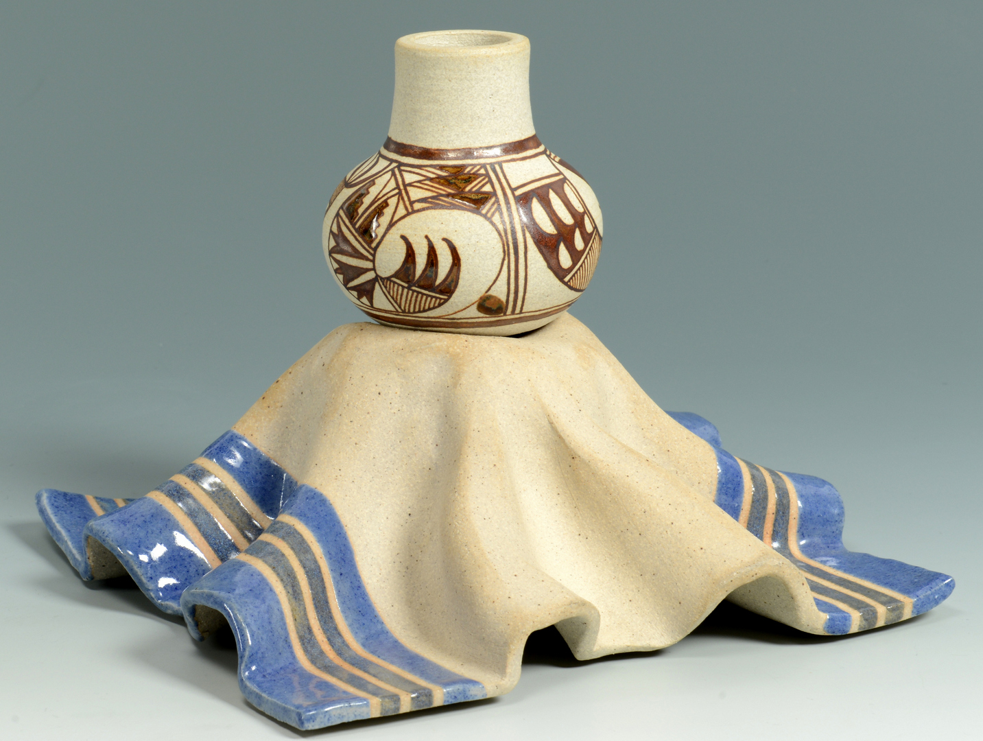 Lot 3088330: 2 Terry Slonaker Contemporary SW Pottery Items