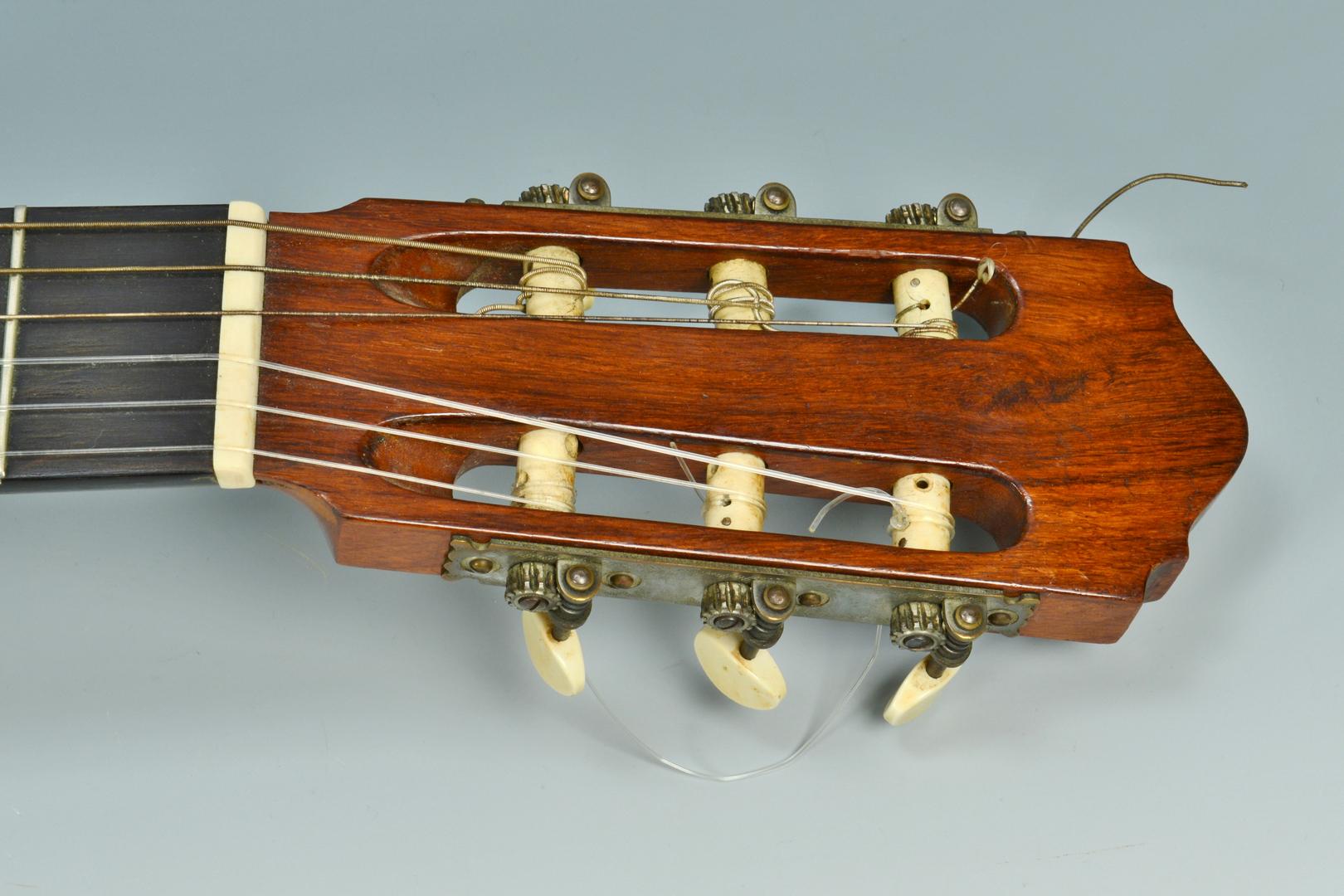 Lot 3088338: Harald Petersen Spanish Concert Guitar