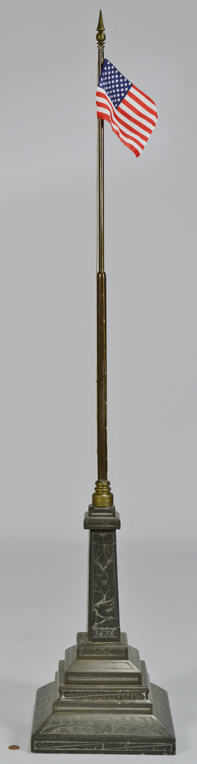 Lot 3088341: Bronze Flag Stand