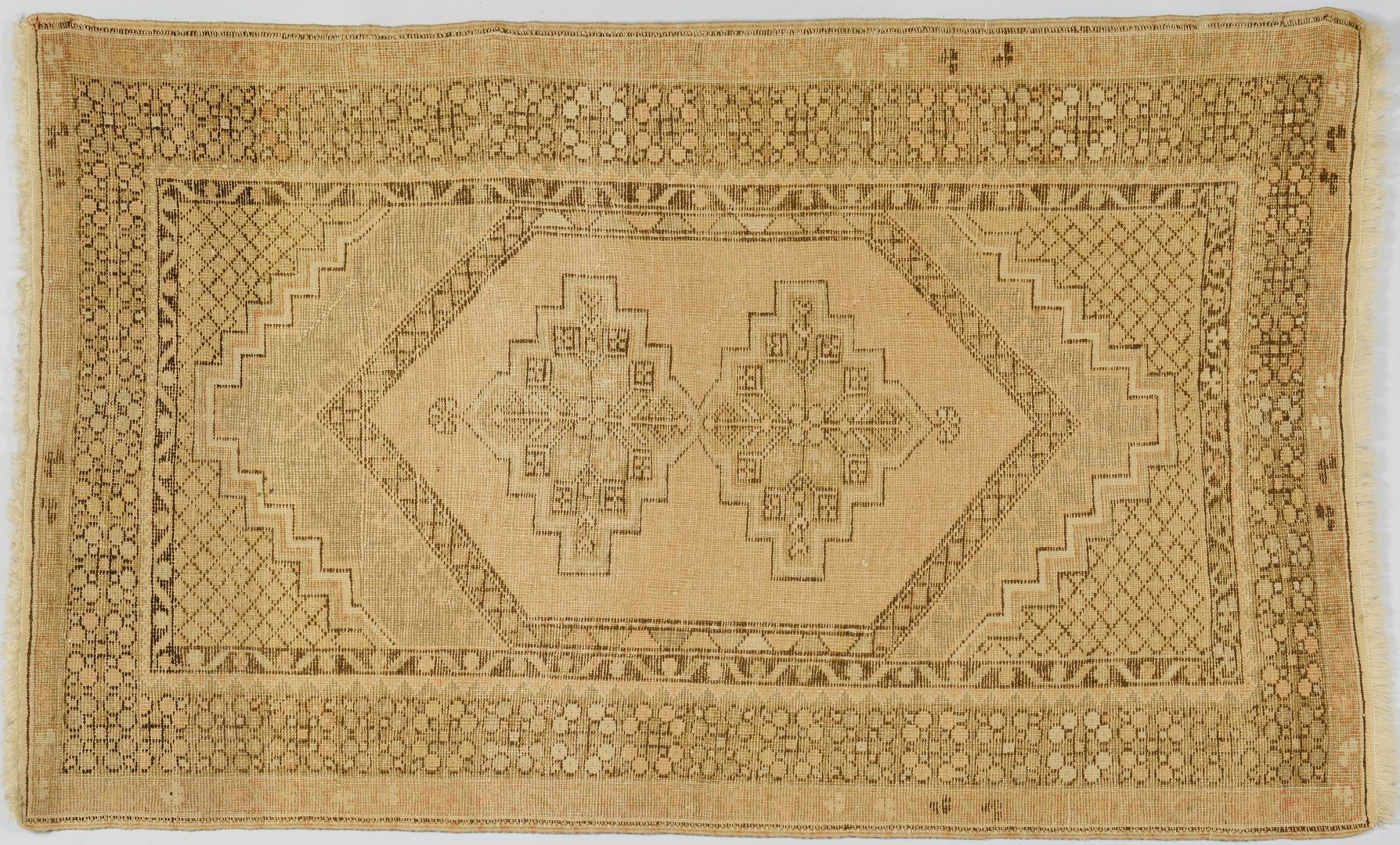 Lot 3088362: Semi Antique Oushak Rug