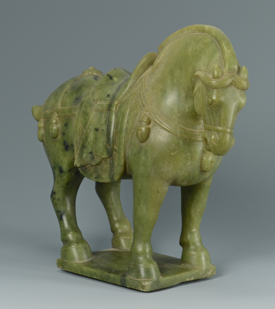 Lot 3383140: Large Chinese Green Hardstone Horse