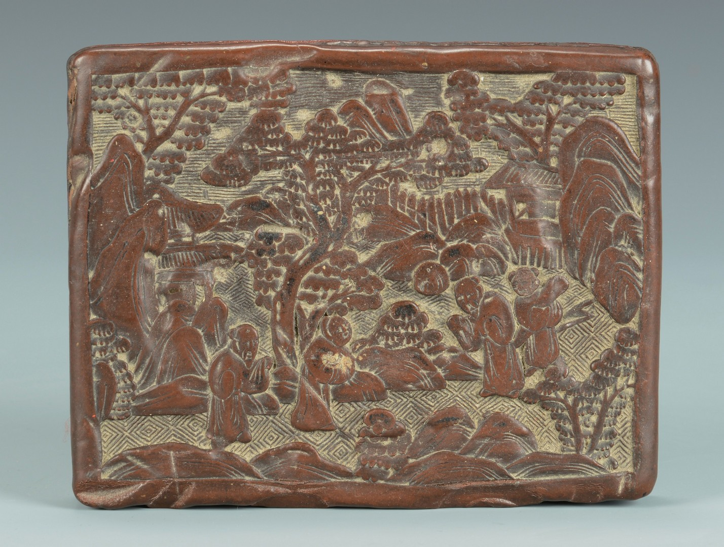 Lot 3383187: Carved Chinese Cinnabar Box