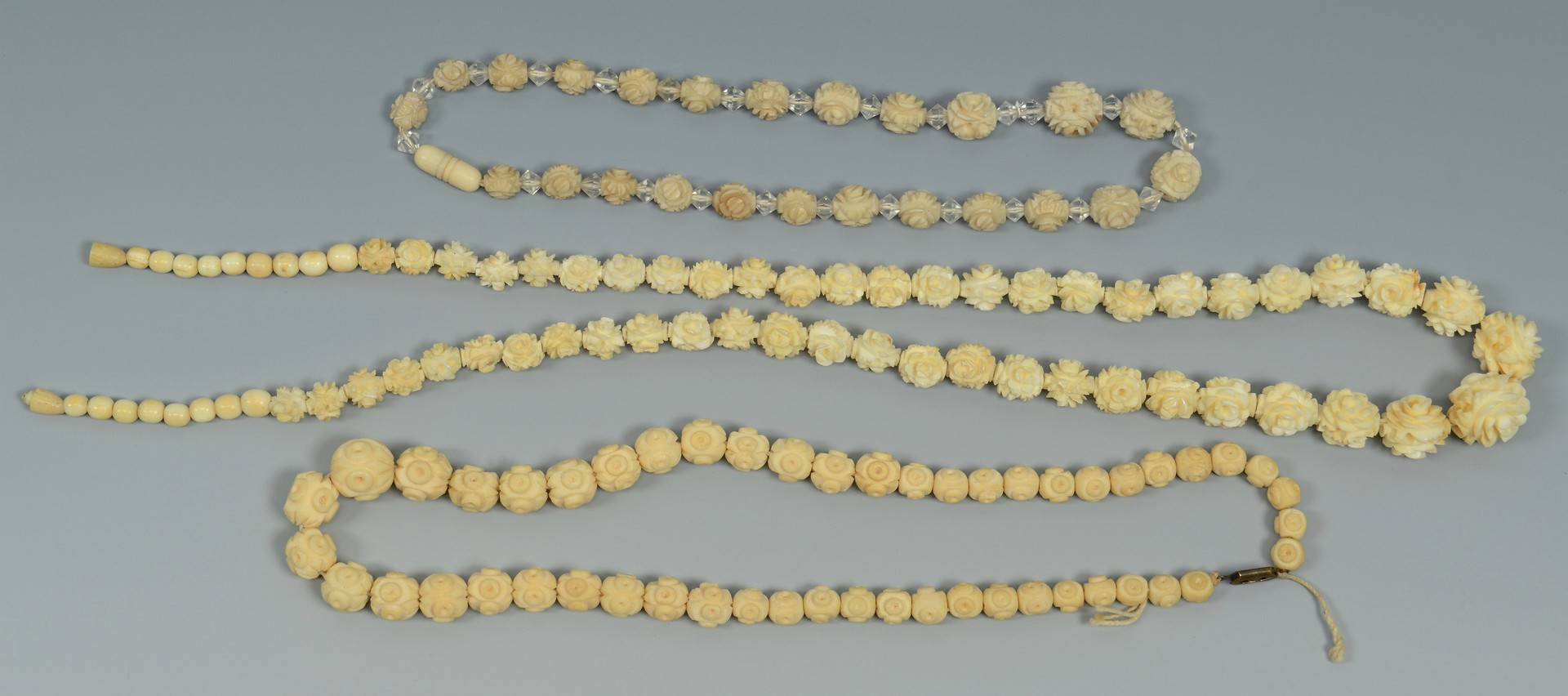 Lot 3383191: Group of Chinese Ivory, Bone, and Other Jewelry
