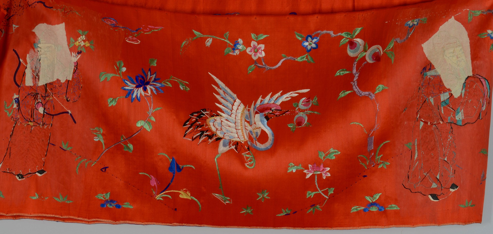 Lot 3383211: 2 Asian Silk Scrolls