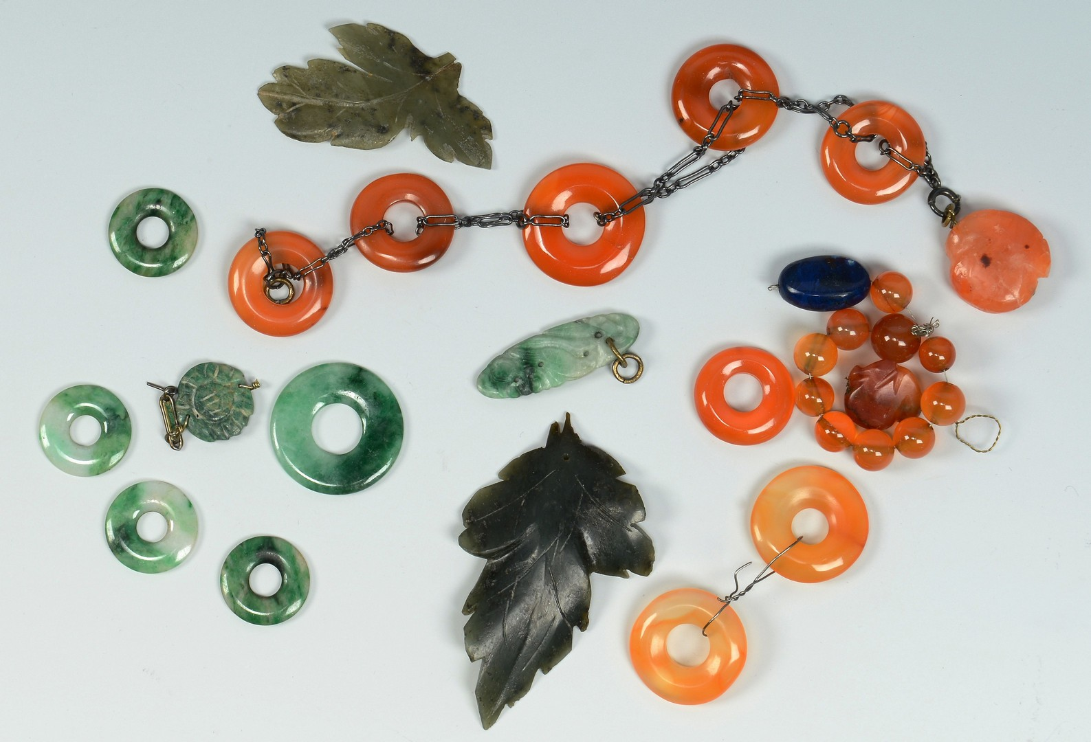 Lot 3383255: Assorted Hardstone Items