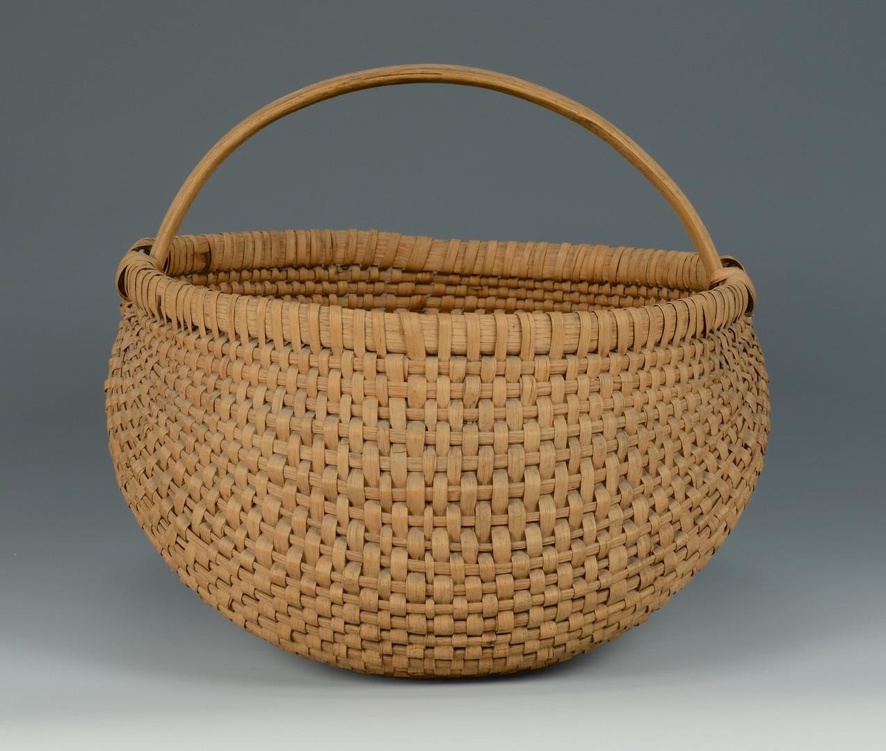Lot 124: East TN Splint Oak Buttocks Basket
