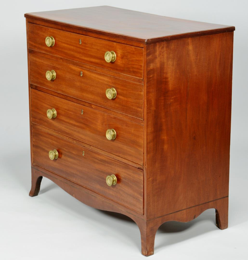 Lot 149: English Hepplewhite Chest of Drawers