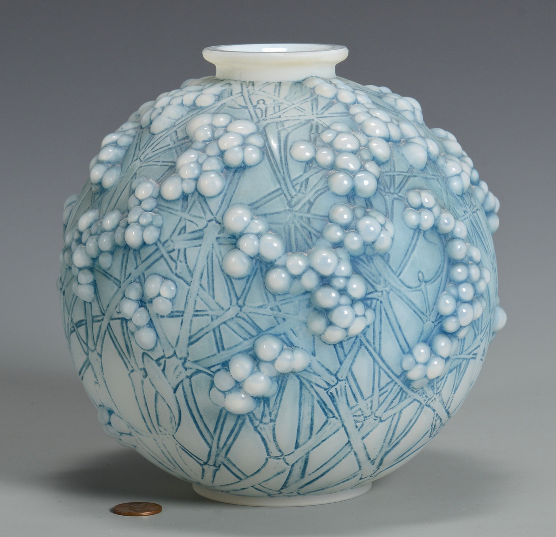 Lot 162: R. Lalique Vase, Druides, c.1924
