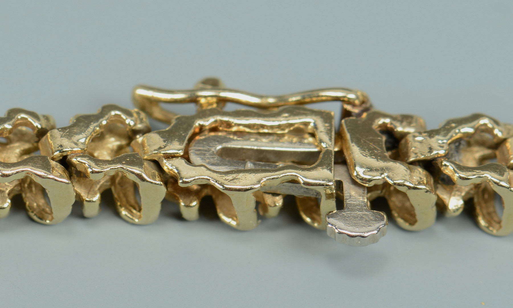 Lot 268: 14k & Diamond Tennis Bracelet