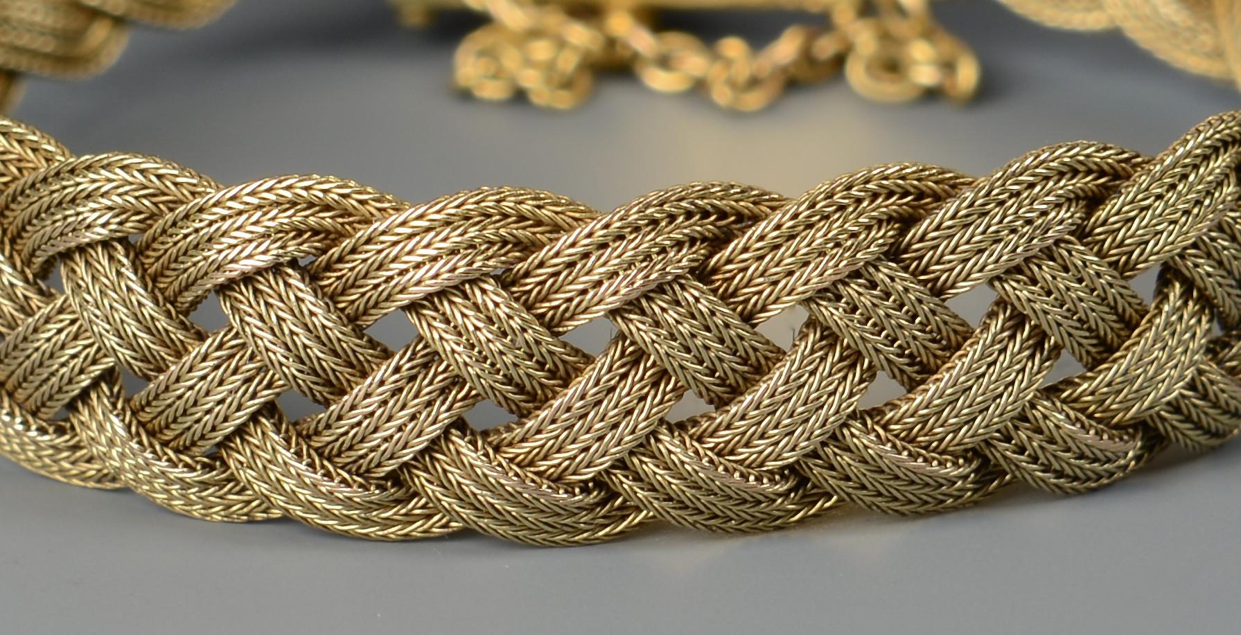 Lot 274: 14K vintage woven bracelet