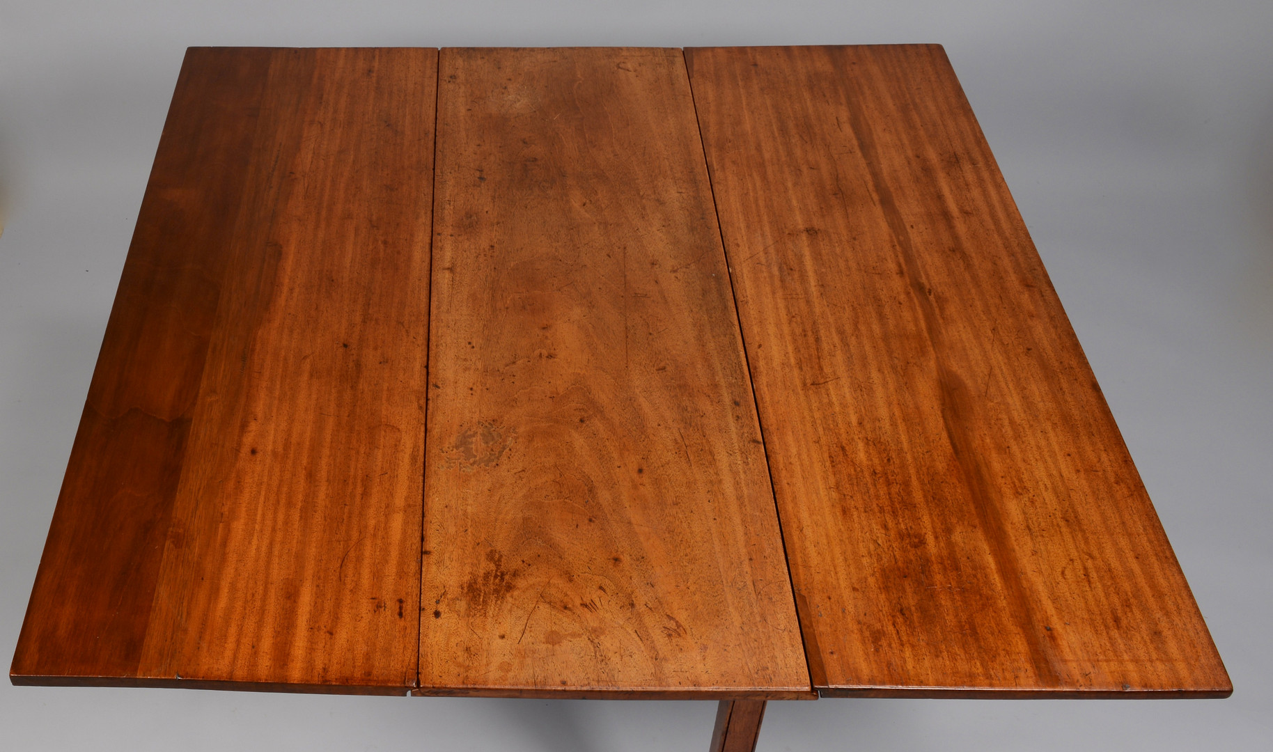 Lot 286: Chippendale Drop Leaf Table, circa 1800