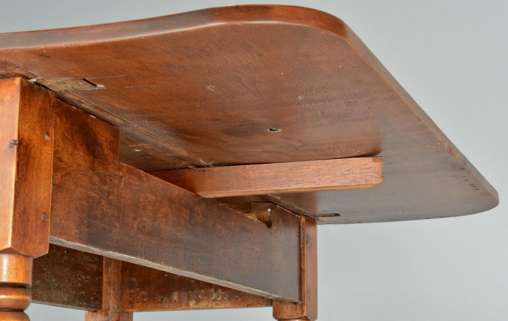 Lot 291: Two Drop Leaf Tables, Rounded Leaves