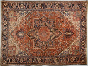 "Lot 314: Heriz carpet, 11'8"" x 8'9"""