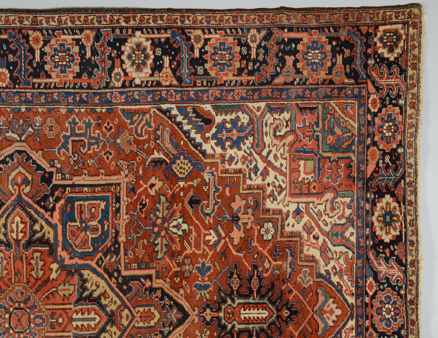"""Lot 314: Heriz carpet, 11'8"""" x 8'9"""""""
