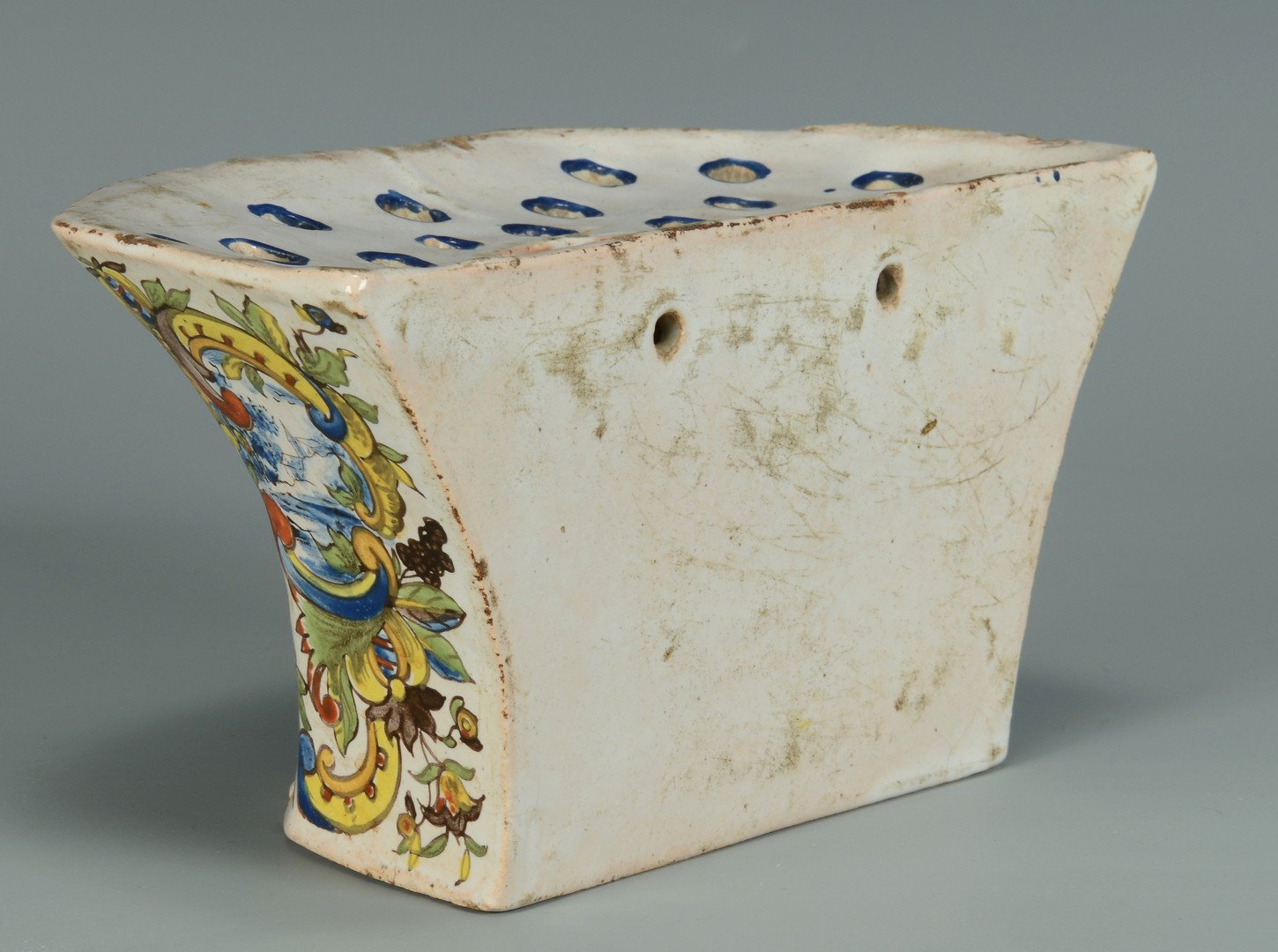 Lot 337: 4 antique Ceramic/Faience Items