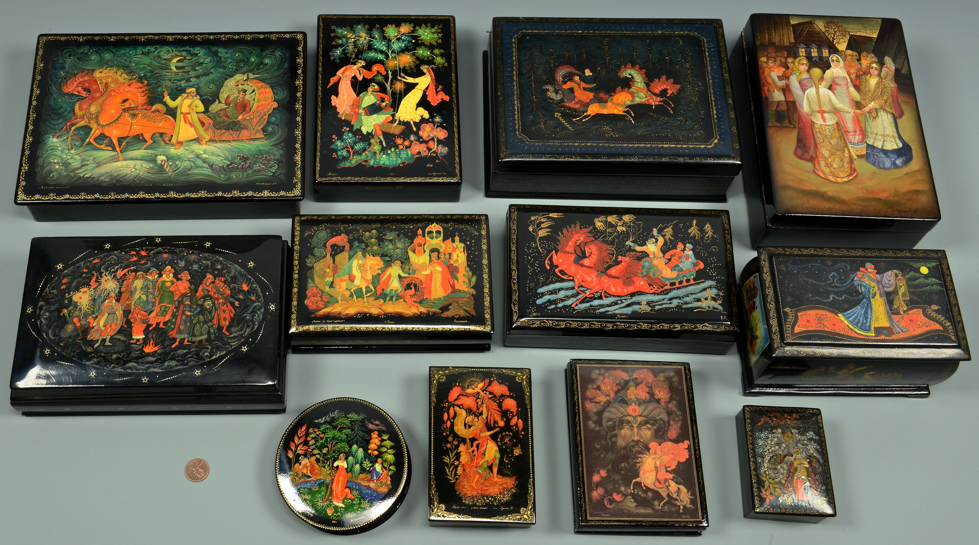 Lot 351: 8 Russian Lacquer Boxes