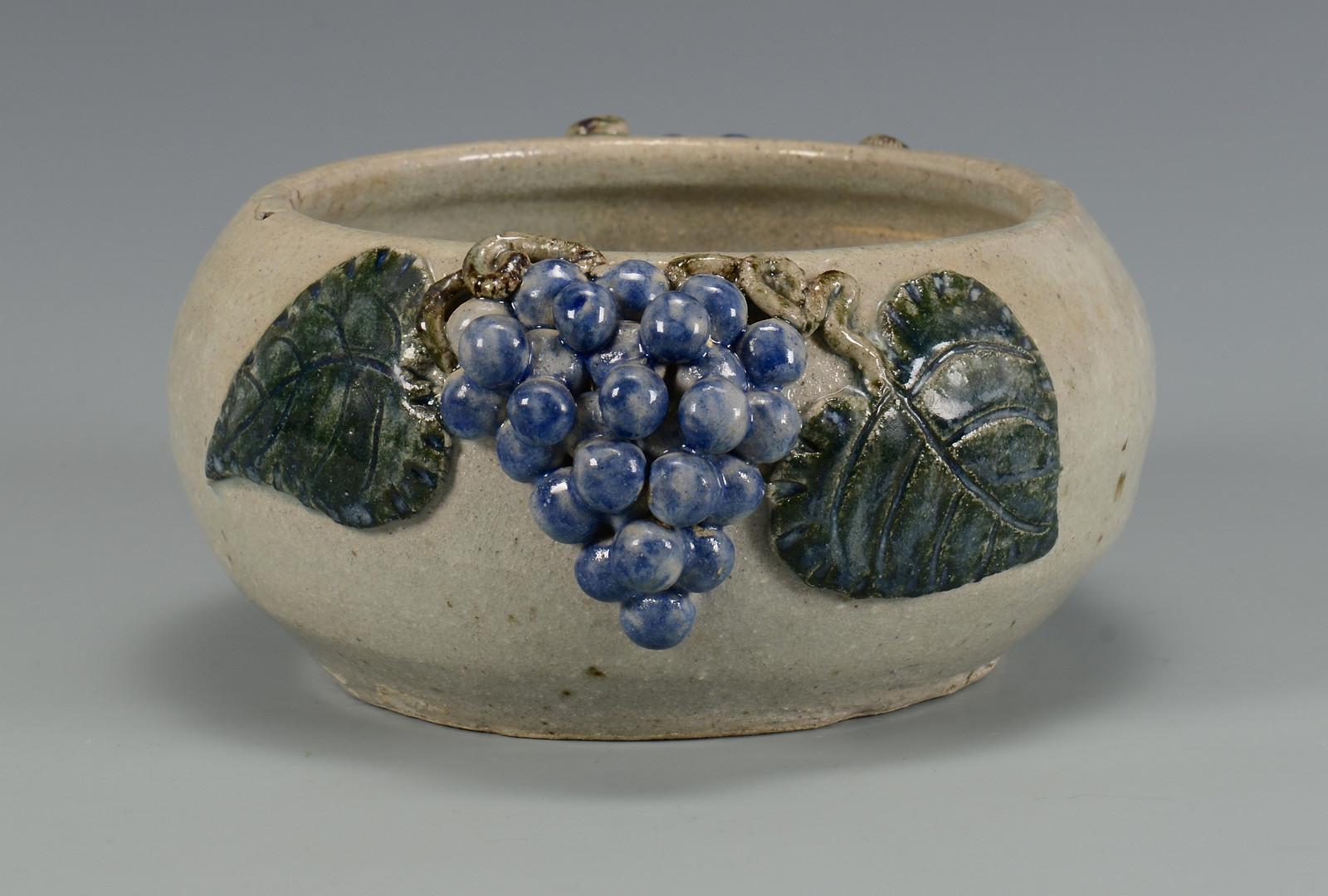 Lot 371: GA Folk Pottery Arie Meaders Grape Bowl