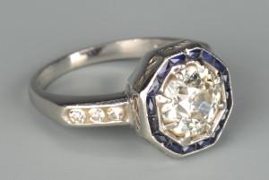 Lot 44: Art Deco 1.65 ct Diamond Ring