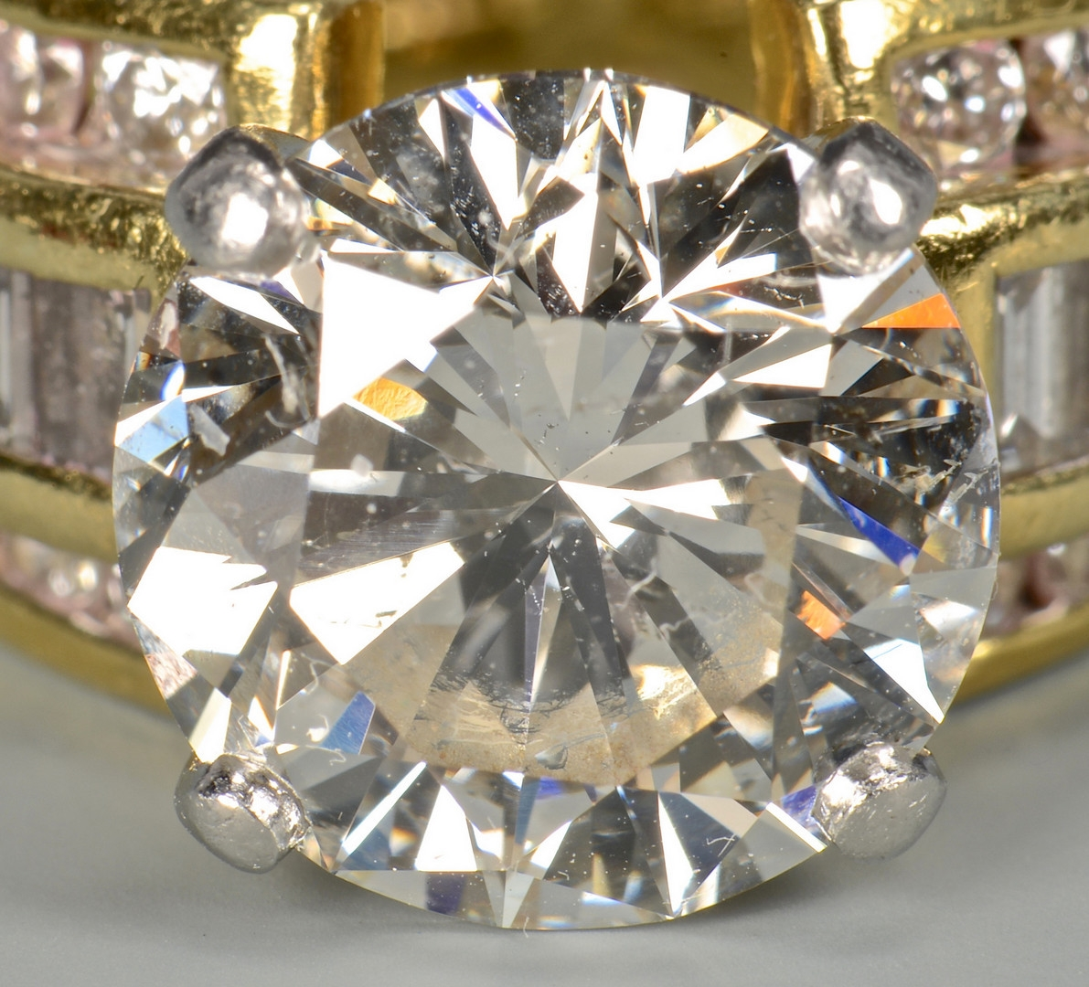 Lot 45: 5.06 ct Round Diamond Ring, GIA
