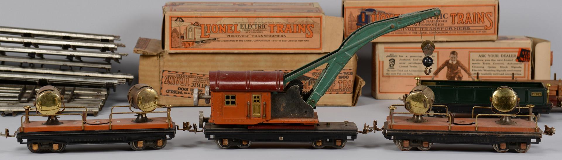 Lot 464: Large Lionel O Gauge Train Set, 13 total