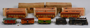 Lot 467: Lionel O Gauge Train Set