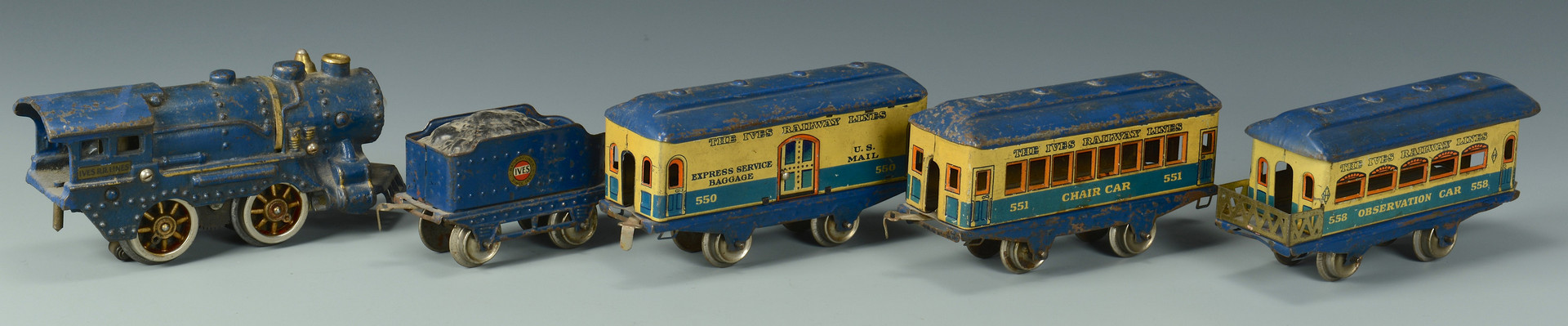 Lot 470: Toy Trains: Ives, Lionel, American Flyer