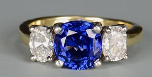 Lot 47: 18K Platinum Sapphire Diamond Ring